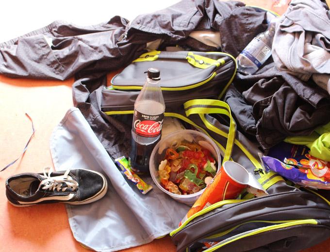 Auspacken für drei Nächte ist nicht nötig. Leben aus der Reisetasche.